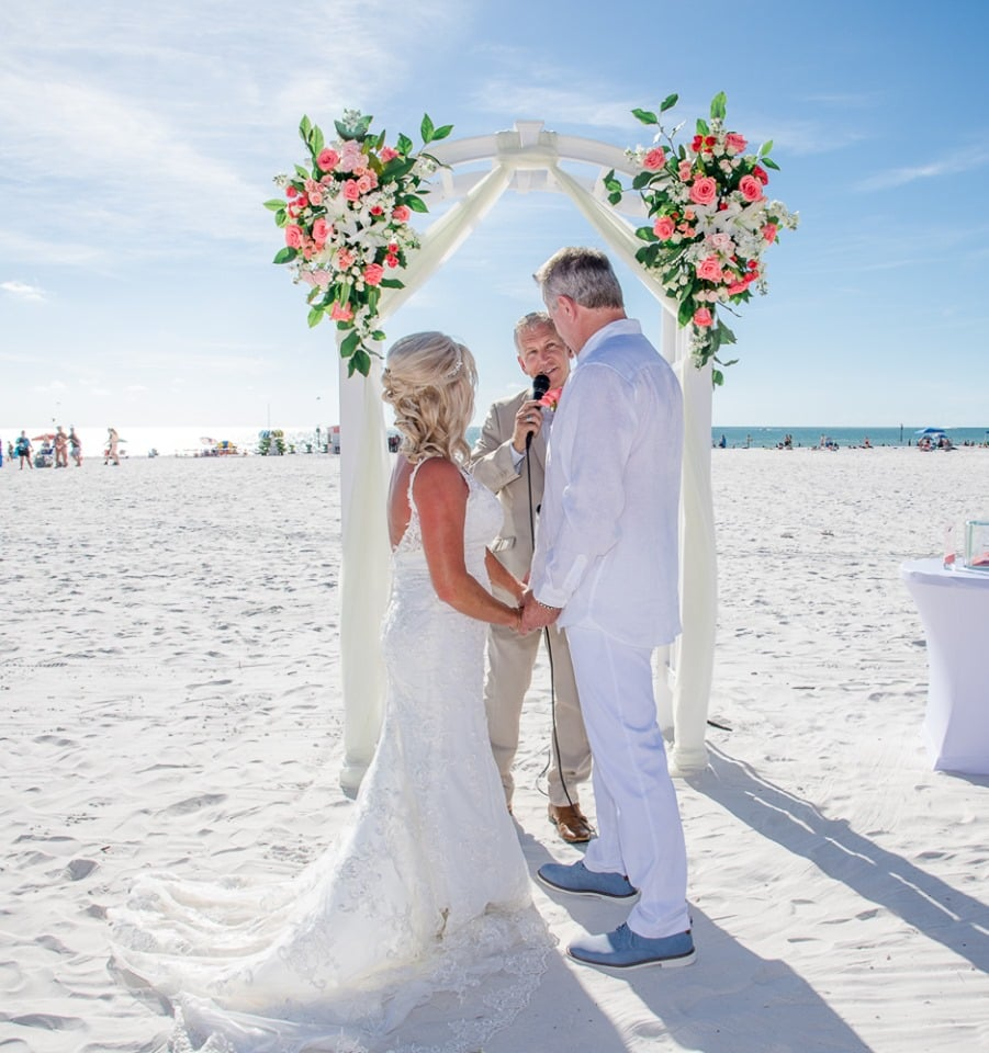 SC Officiant Rick Lackore at Hilton Clearwater Beach